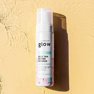 Australian Glow Self Tan Water Mousse in Dark